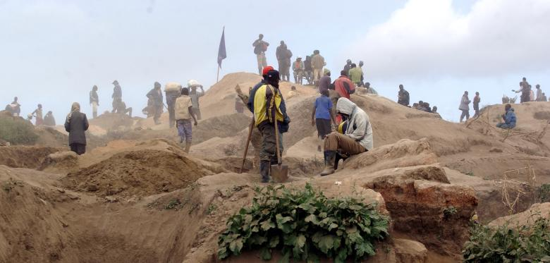 Extraction de coltan au Congo